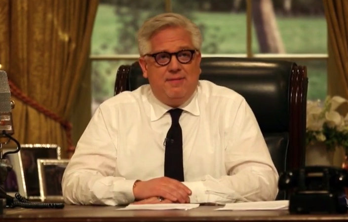 Does it bother anyone else that Glenn Beck isn't college educated?