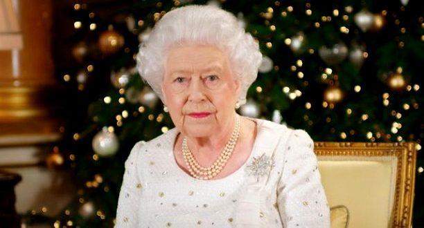queen elizabeth issues 2017 xmas message video joe my god. Black Bedroom Furniture Sets. Home Design Ideas
