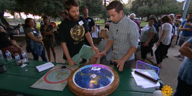"CBS Visits Meetup Of ""Flat Earth"" Advocates [VIDEO] - Joe.My.God."